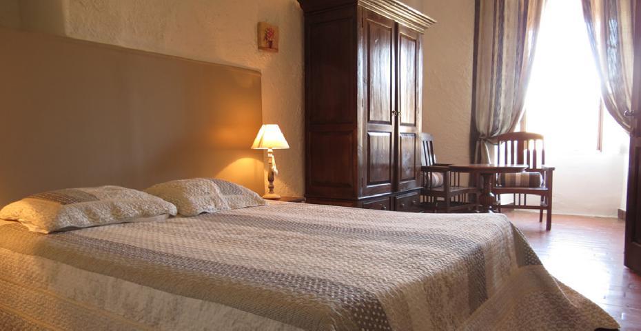 Chambres et table d 39 h tes domaine de bertrandy allemagne - Chambre d hotes alpes de haute provence ...